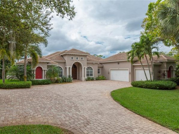4 bed 4.5 bath Single Family at 130 SW Willow Lake Trl Stuart, FL, 34997 is for sale at 2.10m - 1 of 34
