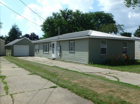 3 bed 1 bath Single Family at 812 S Bostwick St Charlotte, MI, 48813 is for sale at 83k - 1 of 16