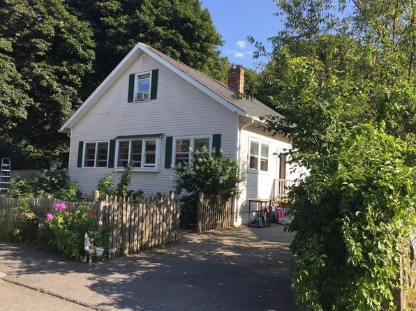 4 bed 2 bath Single Family at 1 Harborview Rd Hull, MA, 02045 is for sale at 459k - 1 of 28