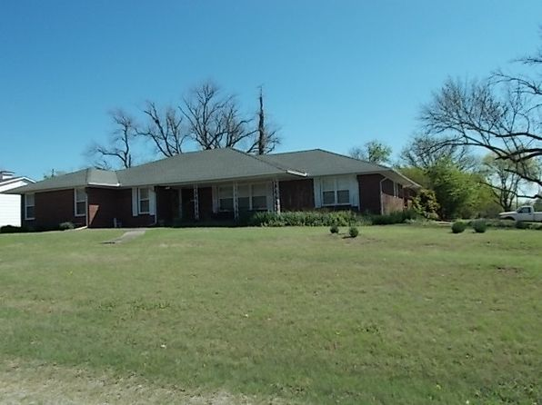4 bed 3 bath Single Family at 200 E Chickasaw St Marietta, OK, 73448 is for sale at 180k - 1 of 20