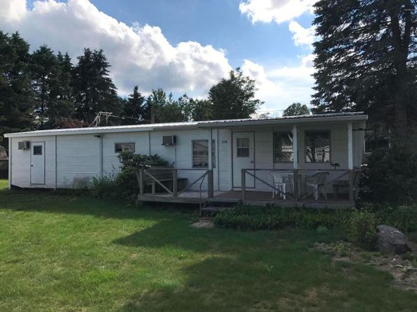 1 bed 1 bath Mobile / Manufactured at 6100 Lakeshore Dr Newaygo, MI, 49337 is for sale at 60k - 1 of 8