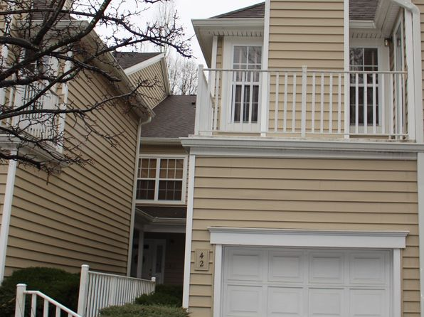 2 bed 3 bath Condo at 2 SPRINGHOLM DR BERKELEY HEIGHTS, NJ, 07922 is for sale at 380k - 1 of 18