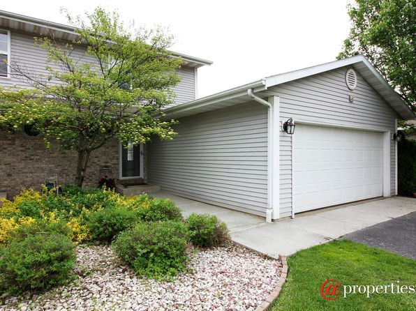 2 bed 1.5 bath Single Family at 617 N Sandy Ln Elkhorn, WI, 53121 is for sale at 165k - 1 of 10