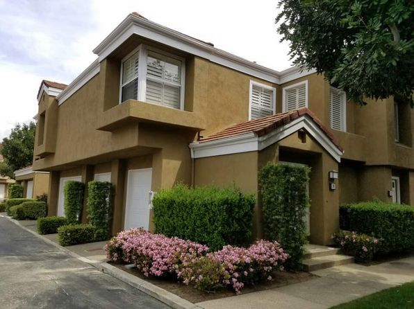 2 bed 2 bath Townhouse at 24 Lehigh Aisle Irvine, CA, 92612 is for sale at 650k - 1 of 7