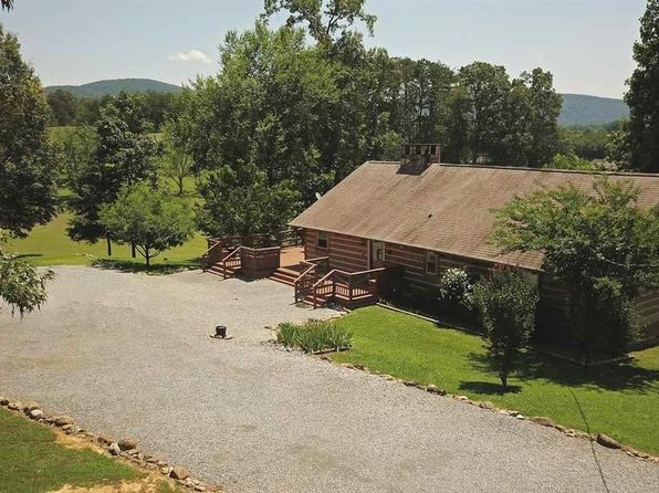 2 bed 2 bath Single Family at 133 Heritage Ln Pigeon Forge, TN, 37876 is for sale at 256k - 1 of 72
