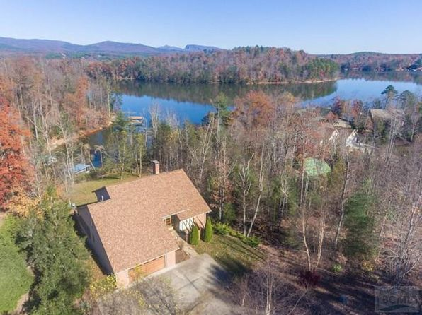 3 bed 4 bath Single Family at 234 HARBORSIDE DR NEBO, NC, 28761 is for sale at 725k - 1 of 38