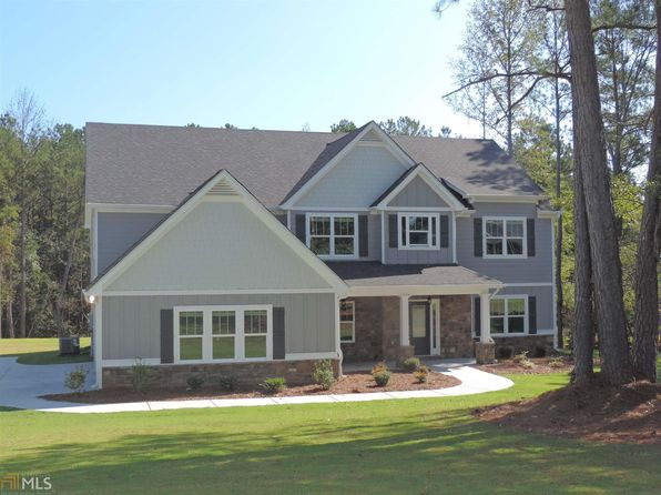 5 bed 4 bath Single Family at 28 Turnberry Trce Sharpsburg, GA, 30277 is for sale at 410k - 1 of 25