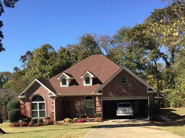 3 bed 3 bath Single Family at 698 Farr Shores Dr Hot Springs National Park, AR, 71913 is for sale at 499k - 1 of 12