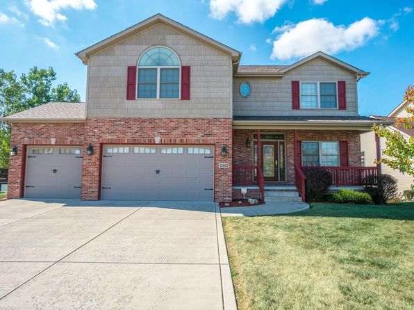 5 bed 3 bath Single Family at 12602 MARSH LANDING PKWY CEDAR LAKE, IN, 46303 is for sale at 355k - 1 of 33