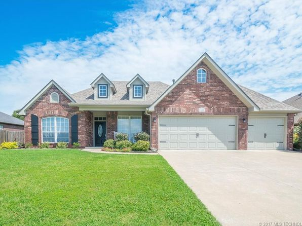 3 bed 2 bath Single Family at 9805 N 100th East Ave Owasso, OK, 74055 is for sale at 208k - 1 of 31