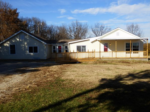 3 bed 1 bath Single Family at 6336 NW 46th St Topeka, KS, 66618 is for sale at 110k - 1 of 39