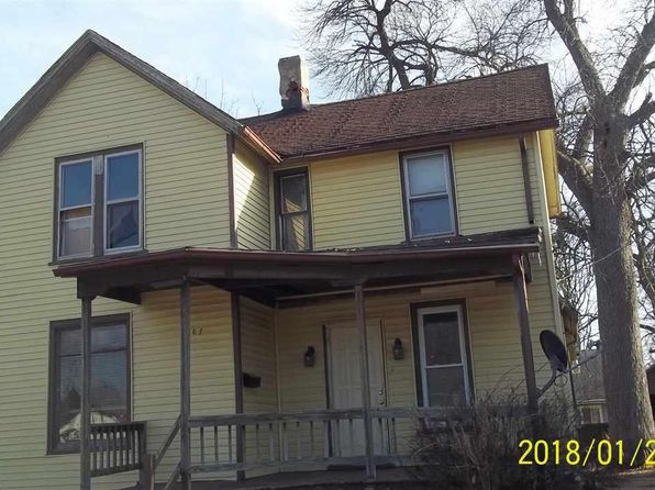 4 bed 1 bath Single Family at 807 S Benton Ave Freeport, IL, 61032 is for sale at 15k - google static map