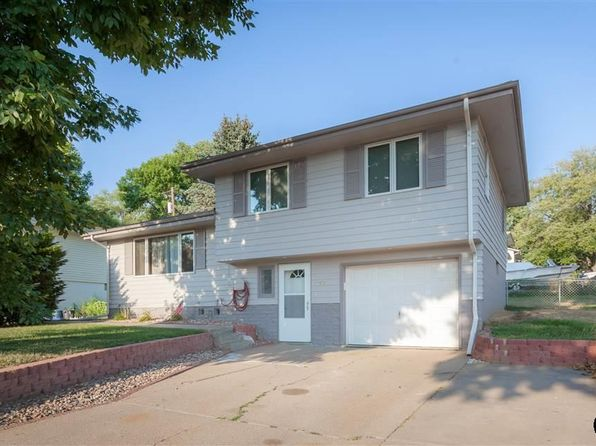 3 bed 2 bath Single Family at 7609 Arrow Rock Dr Omaha, NE, 68157 is for sale at 158k - 1 of 16