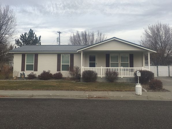 3 bed 1 bath Single Family at 585 W Targhee St Saint Anthony, ID, 83445 is for sale at 150k - 1 of 8