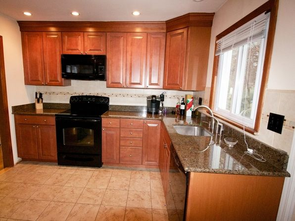 3 bed 1 bath Single Family at 1938 Valley Rd Millington, NJ, 07946 is for sale at 425k - 1 of 22