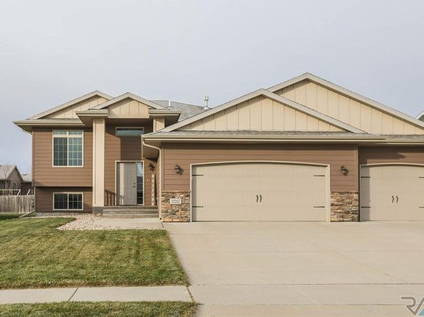 5 bed 3 bath Single Family at 2217 S Mary Beth Ave Sioux Falls, SD, 57106 is for sale at 270k - 1 of 19
