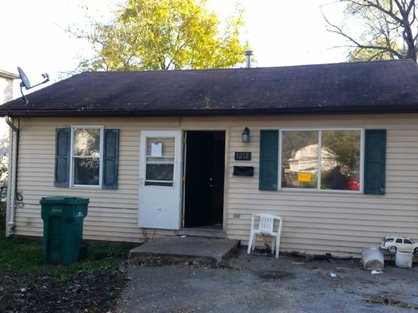 2 bed 1 bath Single Family at 1212 Arthur Ave Joliet, IL, 60432 is for sale at 25k - 1 of 7
