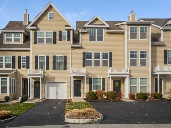 2 bed 3 bath Condo at 28 Erin Ct Poughkeepsie, NY, 12601 is for sale at 299k - 1 of 29