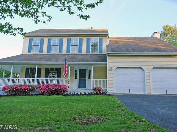 4 bed 2.5 bath Single Family at 17209 General Custer Way Poolesville, MD, 20837 is for sale at 529k - 1 of 27