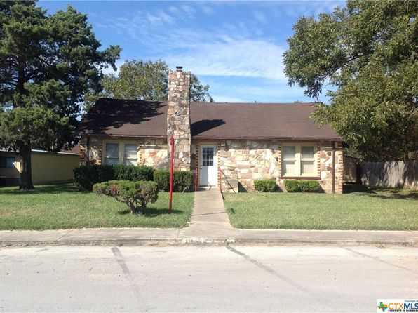 2 bed 1 bath Single Family at 202 E 2nd Ave Nixon, TX, 78140 is for sale at 70k - 1 of 11