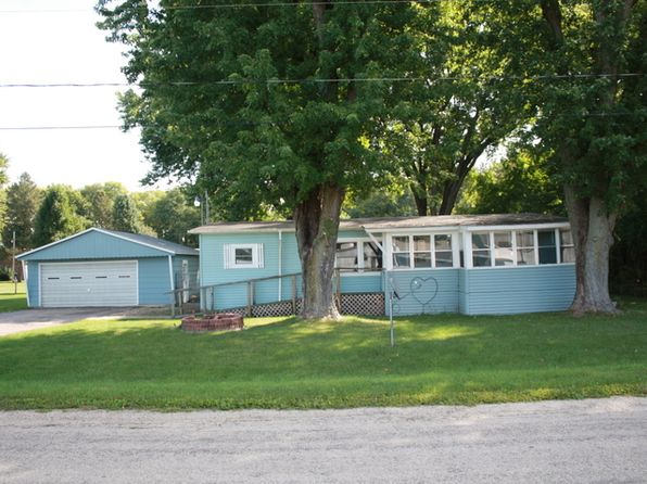 3 bed 2 bath Single Family at 1616 Winnetka St Dixon, IL, 61021 is for sale at 35k - 1 of 34