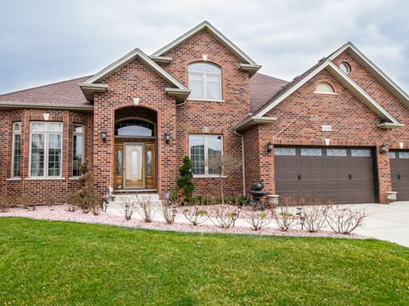 5 bed 4 bath Single Family at 12495 Thornberry Dr Lemont, IL, 60439 is for sale at 600k - 1 of 24