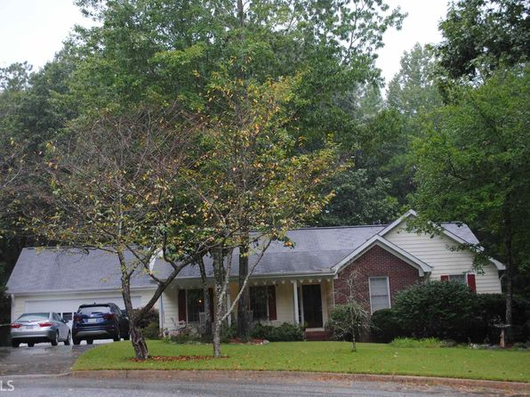 3 bed 2 bath Single Family at 4661 Pembrooke Ct SE Conyers, GA, 30094 is for sale at 139k - 1 of 17