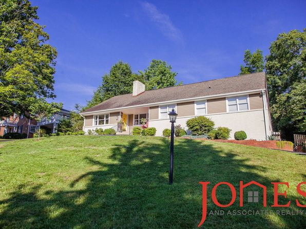 5 bed 3 bath Single Family at 18 Long Crescent Dr Bristol, VA, 24201 is for sale at 345k - 1 of 19