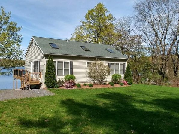 4 bed 2 bath Single Family at 7 Red Spring Rd Marlborough, MA, 01752 is for sale at 475k - 1 of 24