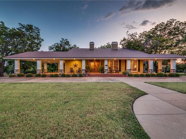 3 bed 5 bath Single Family at 1117 W Jefferson St Waxahachie, TX, 75165 is for sale at 600k - 1 of 62