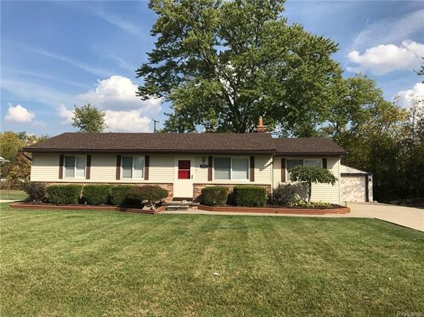 3 bed 1 bath Single Family at 1952 Elmhurst St Canton, MI, 48187 is for sale at 175k - 1 of 32