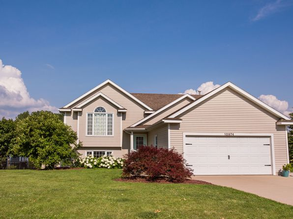 4 bed 2 bath Single Family at 10974 Jordan Ct Allendale, MI, 49401 is for sale at 195k - 1 of 26