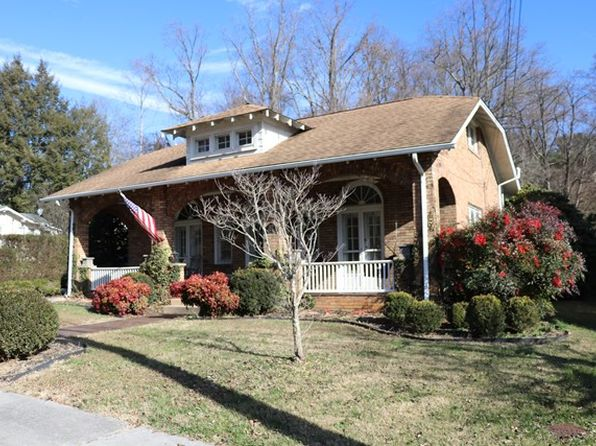 3 bed 2 bath Single Family at 817 Piedmont Ave Bristol, VA, 24201 is for sale at 229k - 1 of 46