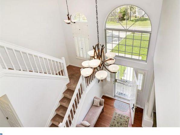 4 bed 3 bath Single Family at 2 Gladwynne Ct Sicklerville, NJ, 08081 is for sale at 280k - 1 of 15