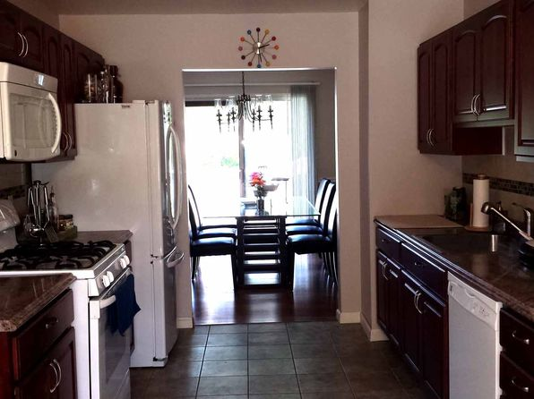 3 bed 3 bath Townhouse at 25 Fieldstone Blvd Wappingers Falls, NY, 12590 is for sale at 277k - 1 of 27