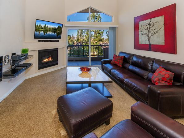 2 bed 2 bath Condo at 21550 Burbank Blvd Woodland Hills, CA, 91367 is for sale at 430k - 1 of 14