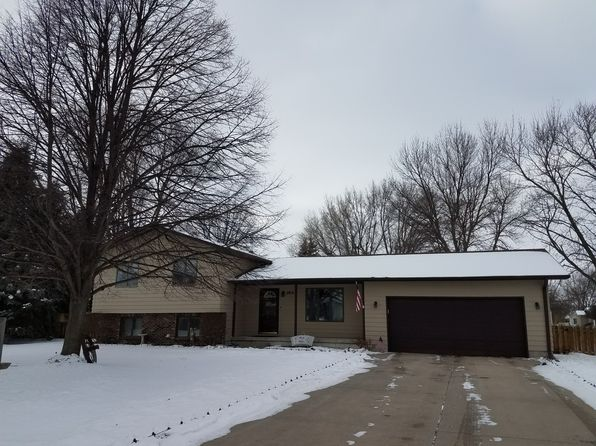 4 bed 3 bath Single Family at 2812 Stagecoach Pl Grand Island, NE, 68801 is for sale at 205k - 1 of 26