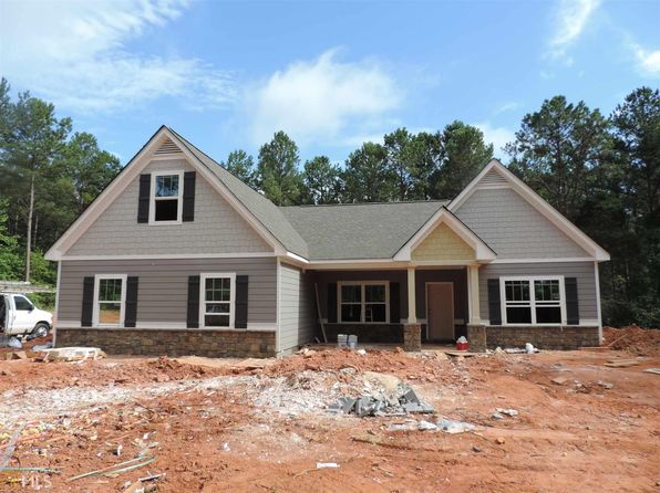 4 bed 3 bath Single Family at 92 Bexton Rd Moreland, GA, 30259 is for sale at 323k - 1 of 17