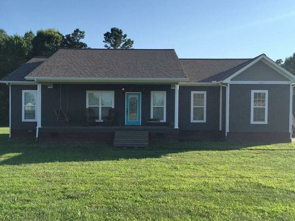 3 bed 2 bath Single Family at 101 Pebble Ln Sylvania, AL, 35988 is for sale at 160k - 1 of 24