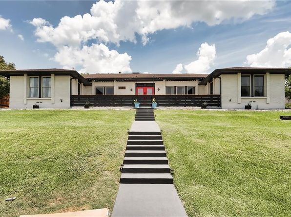 4 bed 3 bath Single Family at 1421 S Alamo Rd Rockwall, TX, 75087 is for sale at 420k - 1 of 31