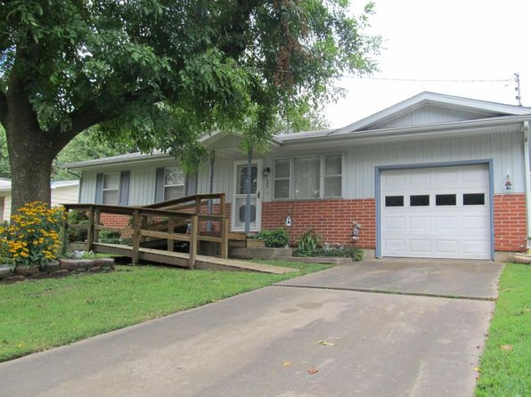 3 bed 1 bath Single Family at 1023 E McClernon St Springfield, MO, 65803 is for sale at 80k - 1 of 16