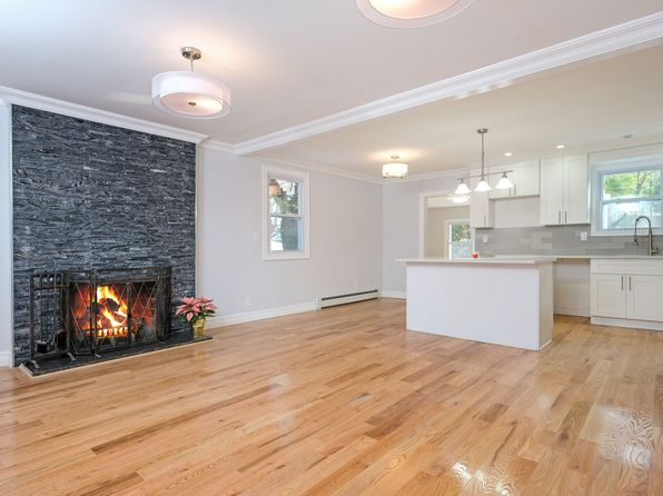 3 bed 2 bath Single Family at 161 Augustine Rd White Plains, NY, 10603 is for sale at 550k - 1 of 30