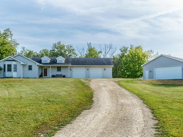 4 bed 4 bath Single Family at 3480 Shaw Rd Central City, IA, 52214 is for sale at 265k - 1 of 34