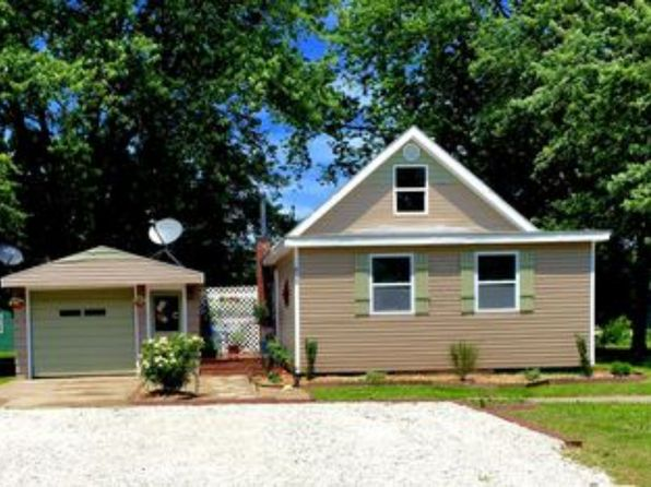 3 bed 1 bath Single Family at 612 4th St Menlo, IA, 50164 is for sale at 138k - 1 of 25