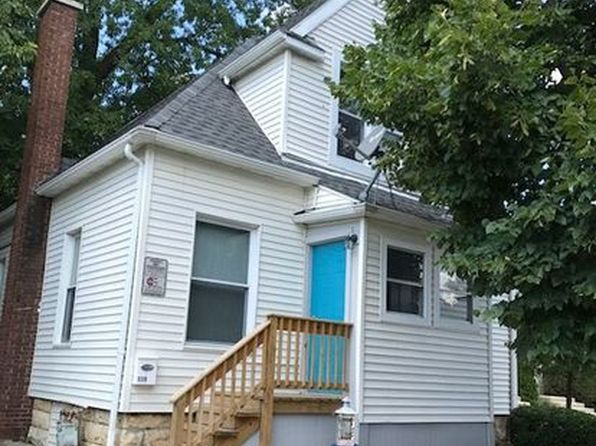 3 bed 2 bath Single Family at 119 Pleasant St Joliet, IL, 60436 is for sale at 100k - 1 of 22