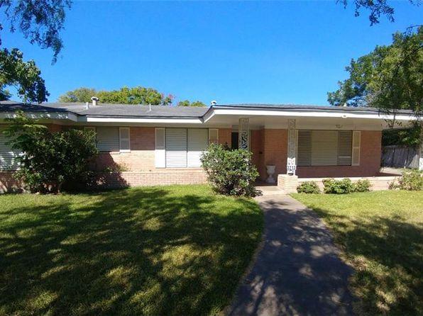 3 bed 2 bath Single Family at 3213 Casa De Palmas Dr Corpus Christi, TX, 78411 is for sale at 124k - 1 of 27