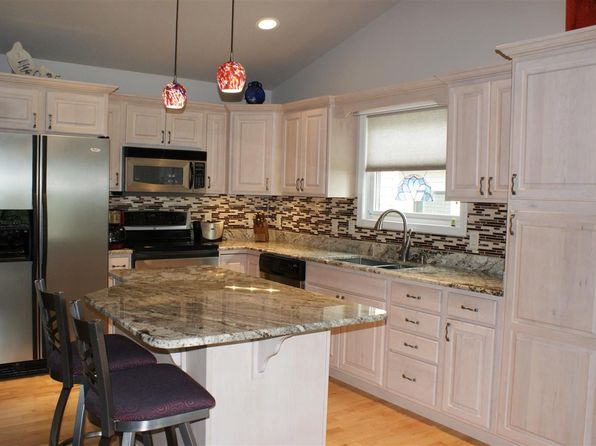 4 bed 3 bath Single Family at 1 Red Fox Trl Marquette, MI, 49855 is for sale at 320k - 1 of 36