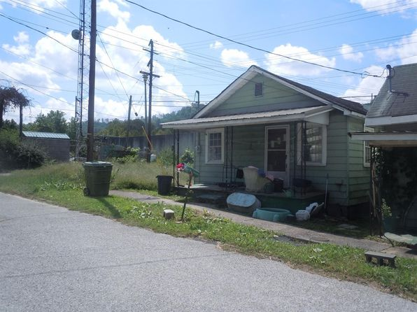 2 bed 1 bath Single Family at 600 Martin St Harlan, KY, 40831 is for sale at 15k - 1 of 2