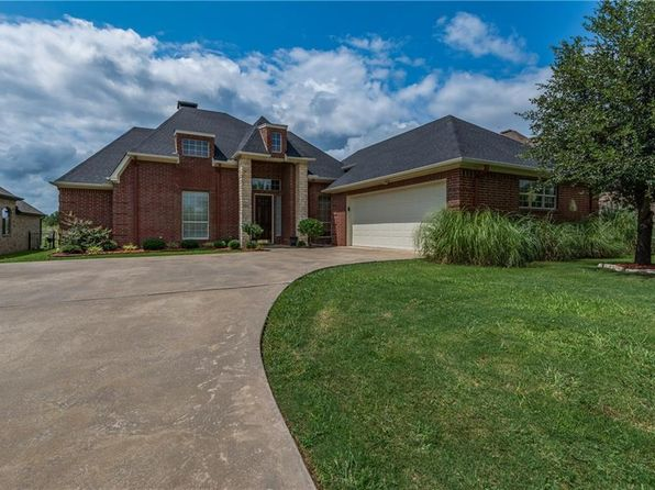 4 bed 3 bath Single Family at 3116 Preston Club Dr Sherman, TX, 75092 is for sale at 260k - 1 of 30