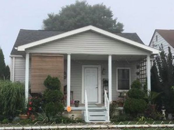 2 bed 2 bath Single Family at 2323 Cypress St Parkersburg, WV, 26101 is for sale at 72k - 1 of 16